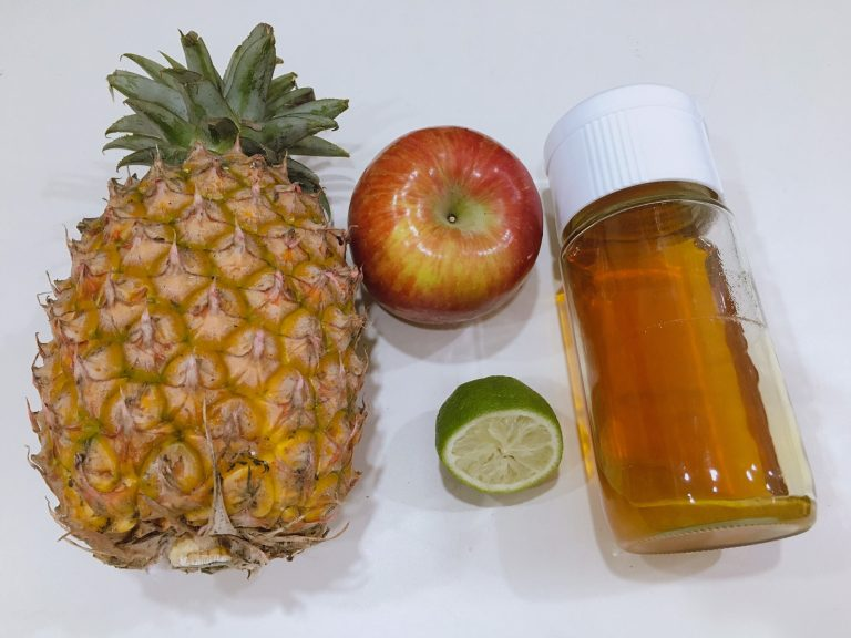 Fresh Lemon & Pineapple Juice Ingredients