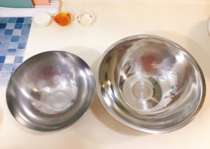 Prepare two mixing bowls