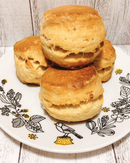 Garlic Scone With Black Pepper