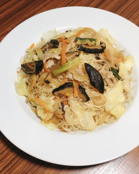 Taiwanese Fried Rice Noodles