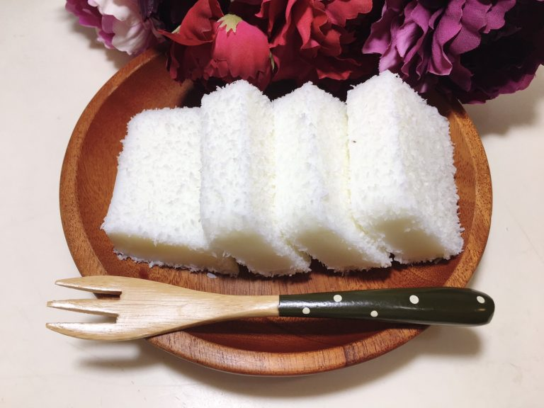 Serve the coconut milk snow cake