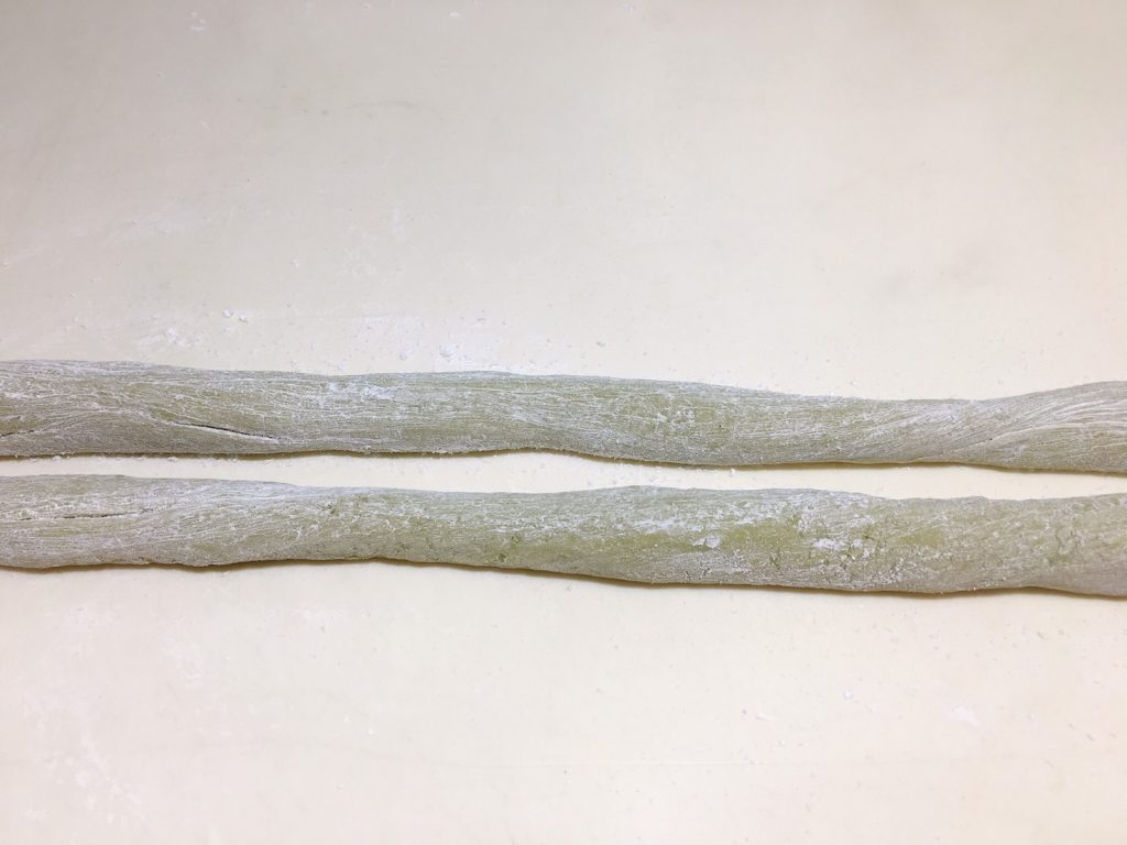 roll the matcha dough into a thick strip