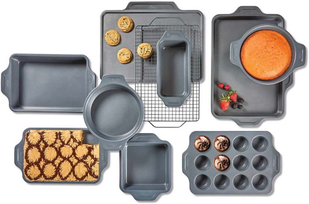 All-Clad Pro-Release 10-piece Bakeware Set in Life