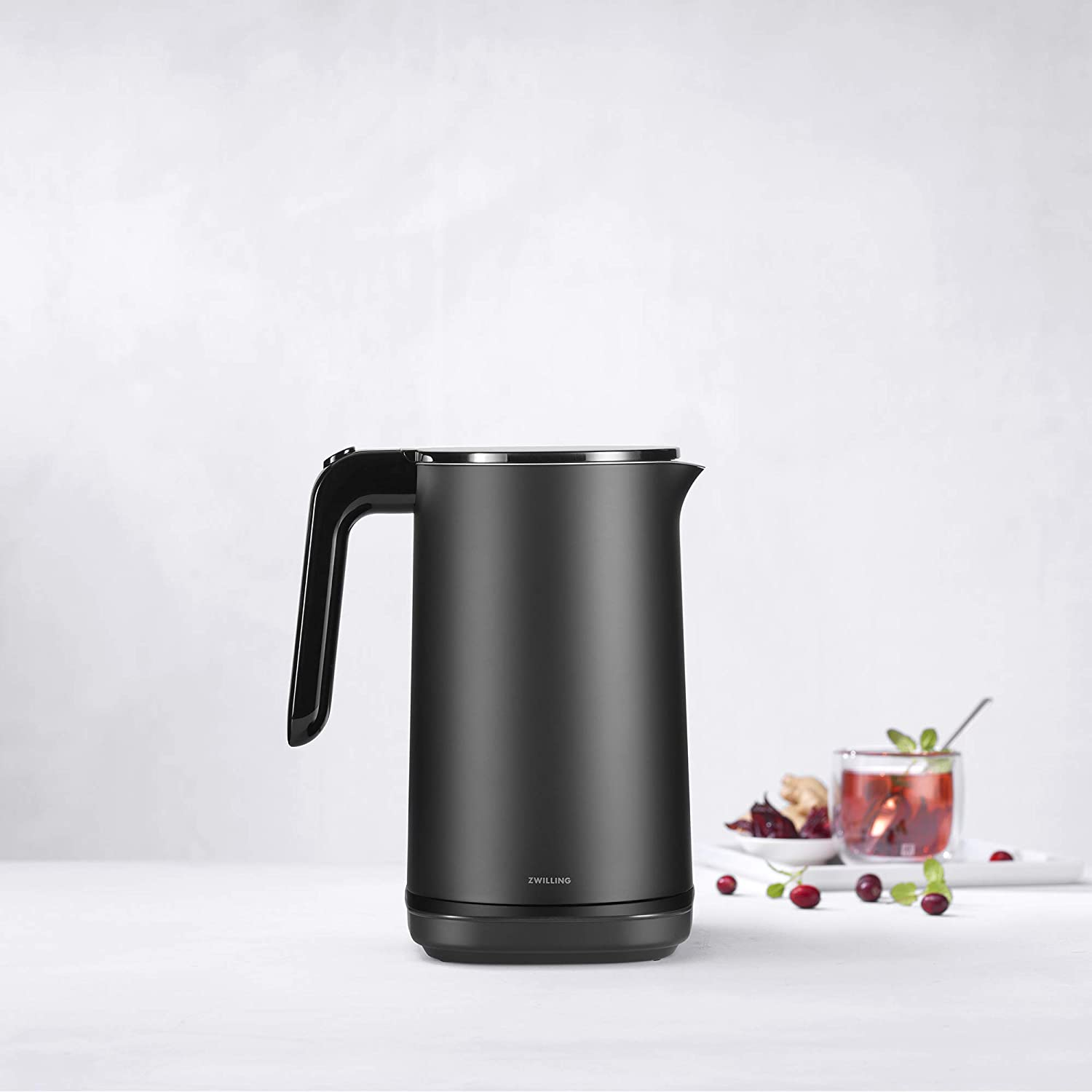 Zwilling Enfingy Cool Touch Cordless Kettle